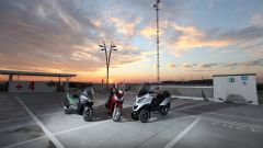 Piaggio Mp3 300 vs Kawasaki J300 vs Honda SH300i ABS - Immagine: 3
