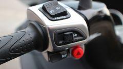 Piaggio Mp3 300 vs Kawasaki J300 vs Honda SH300i ABS - Immagine: 4