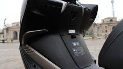 Piaggio Mp3 300 vs Kawasaki J300 vs Honda SH300i ABS - Immagine: 33
