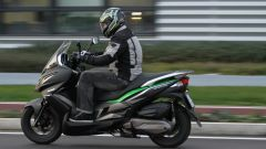 Piaggio Mp3 300 vs Kawasaki J300 vs Honda SH300i ABS - Immagine: 37