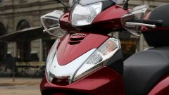 Piaggio Mp3 300 vs Kawasaki J300 vs Honda SH300i ABS - Immagine: 68