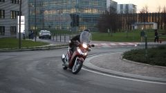 Piaggio Mp3 300 vs Kawasaki J300 vs Honda SH300i ABS - Immagine: 60