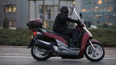 Piaggio Mp3 300 vs Kawasaki J300 vs Honda SH300i ABS - Immagine: 61