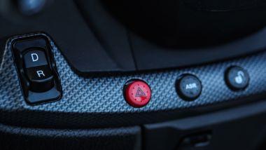 Piaggio MP3 500 hpe Sport Advanced 2021: il tasto della retromarcia
