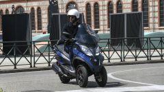 Piaggio MP3 hpe 400 Sport 2021: il 400 sostituisce il motore 350