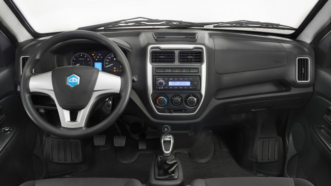 Piaggio Porter NP6 2021, interni: l'abitacolo del City Truck