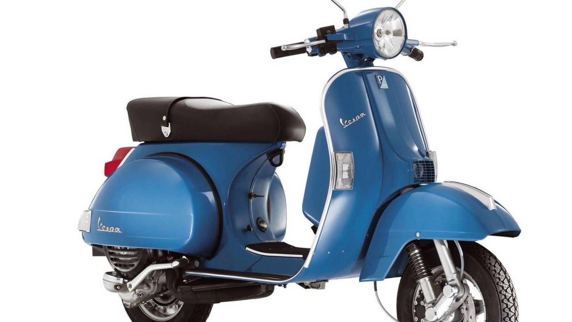 Immagine 10: Piaggio Vespa PX 2011