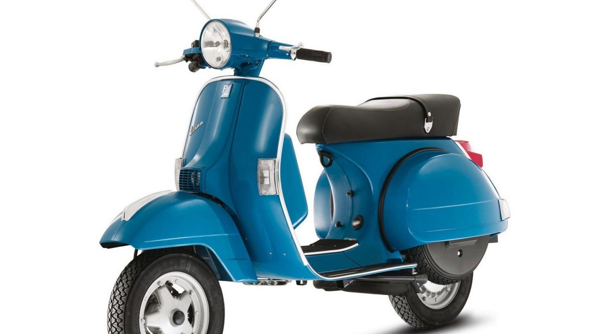 Immagine 9: Piaggio Vespa PX 2011