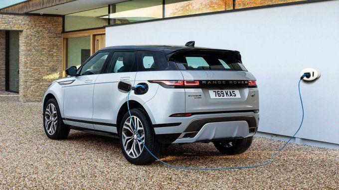 Piani produttivi Gruppo JLR: l'attuale Range Rover Evoque plug-in hybrid