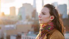 Pilot di Waverly Labs: l'auricolare traduttore multilingue - Immagine: 1