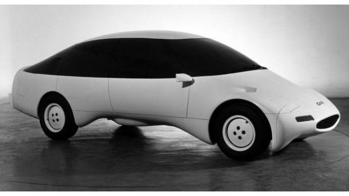 Pininfarina Sudio CNR, l'auto a forma di banana