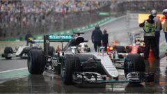 Pioggia e gara sospesa, la F1 del 2016