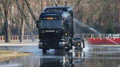 Pirelli: uno Scania per laboratorio - Immagine: 3