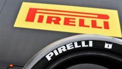 Pirelli: a Misano le nuove slick maggiorate per la SBK - Immagine: 2