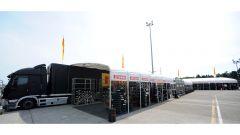 Pirelli: a Misano le nuove slick maggiorate per la SBK - Immagine: 3