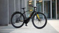 Pirelli Cycl-e Around, programma di bike sharing per azinede