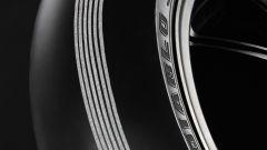 Pirelli, un Diablo speciale per i 25 anni della SBK - Immagine: 3