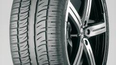 Pirelli: uno Scorpion Zero Asimmetrico per la Tesla Model X - Immagine: 2