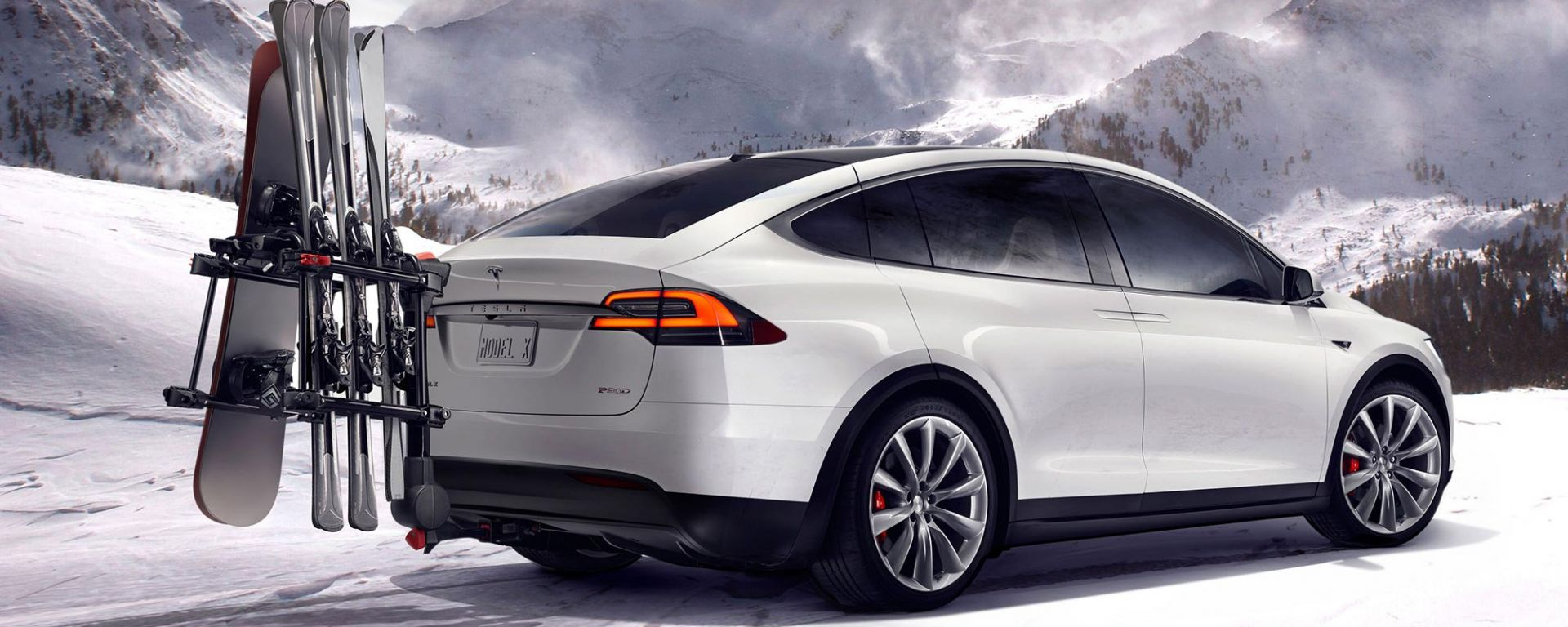 Pirelli: uno Scorpion Zero Asimmetrico per la Tesla Model X