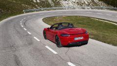 Più potenti, più sensuali. Ecco Porsche Boxster GTS e Cayman GTS - Immagine: 8