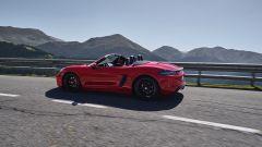 Più potenti, più sensuali. Ecco Porsche Boxster GTS e Cayman GTS - Immagine: 10