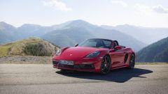 Più potenti, più sensuali. Ecco Porsche Boxster GTS e Cayman GTS - Immagine: 11