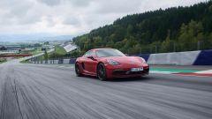 Più potenti, più sensuali. Ecco Porsche Boxster GTS e Cayman GTS - Immagine: 14