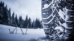 Obbligo pneumatici invernali dal 15 novembre. Tutte le ordinanze