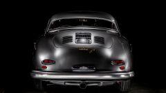 Porsche 356 Speedster: il posteriore con lo scarico centrale singolo