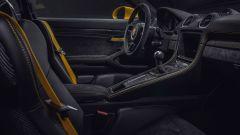 Porsche 718 Cayman GT4: dettaglio interni