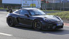 Porsche 718 Cayman GT4 RS 2020: cerchi e freni maggiorati