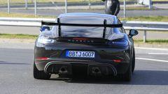 Porsche 718 Cayman GT4 RS 2020: doppio scarico posteriore sportivo