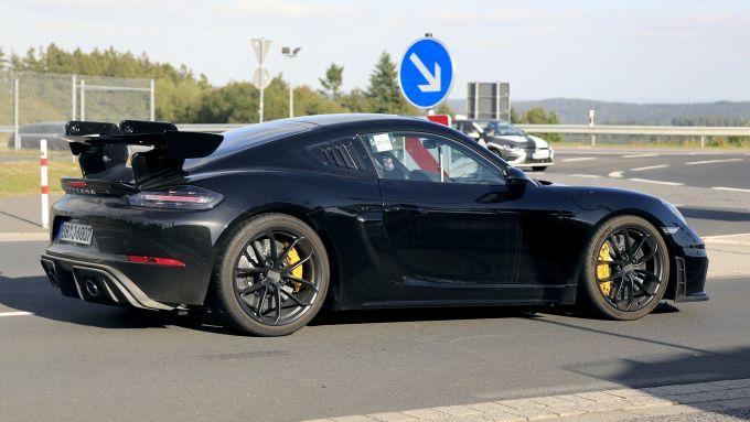 Porsche 718 Cayman GT4 RS: già pronta per i track day