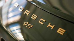 Porsche 911 1.000.000: lettering placcato oro zecchino