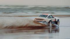 Porsche 911 ACS: non sembra una 959 della Parigi-Dakar?