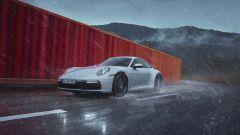 Porsche 911 Carrera 4 Coupé: il frontale