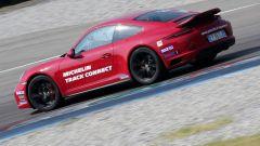 Porsche 911 Carrera 4 GTS - Michelin Track Connect