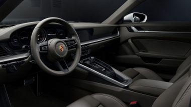 Porsche 911 Carrera 4: l'abitacolo