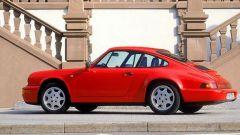 Porsche 911 Carrera 4 serie 964, al posteriore uno spoiler robotizzato anticipa l'aerodinamica attiva