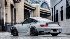 Porsche 911 Carrera 4S RSR: posteriore