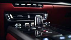 Porsche 911 Carrera Coupé e Cabriolet: la levetta del cambio automatico PDK