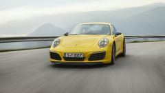 Porsche 911 Carrera T, peso ridotto e rapporti cambio ravvicinati