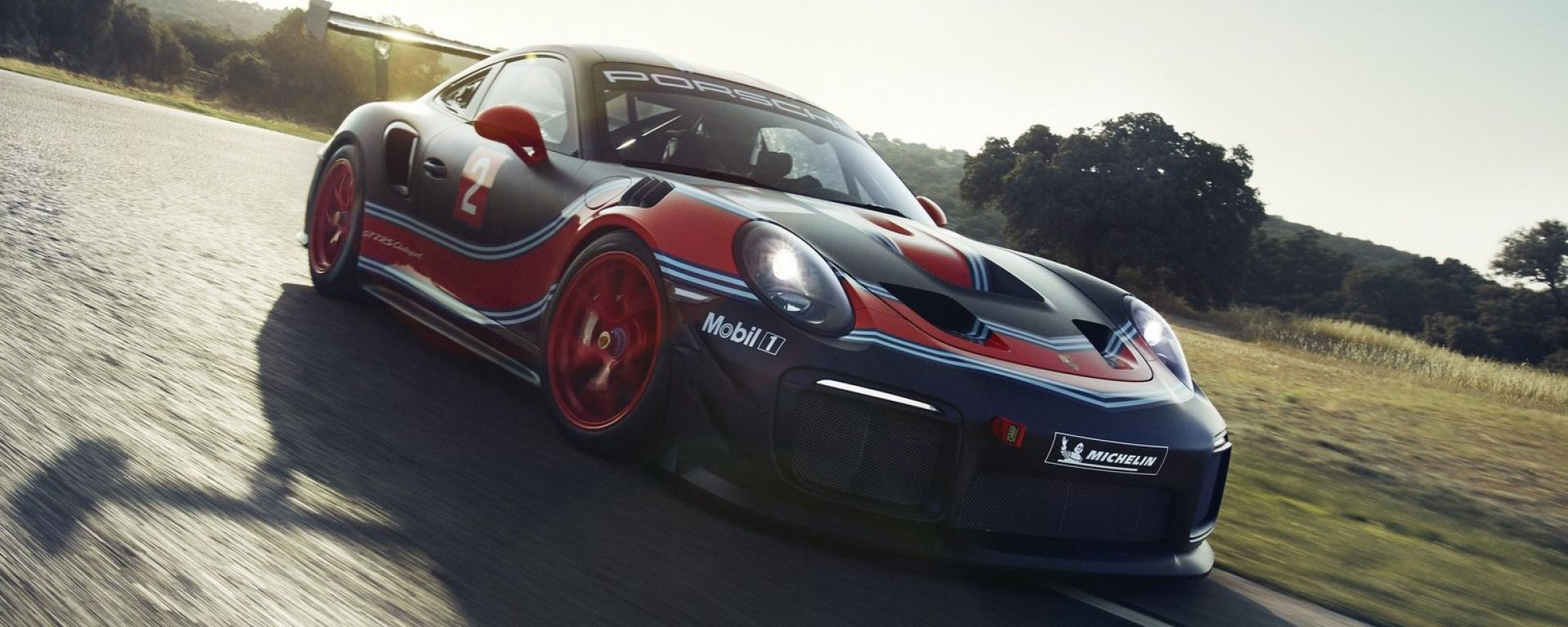 Porsche 911 GT2 RS Clubsport: il debutto a Los Angeles