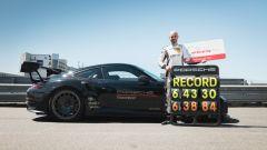 Porsche 911 GT2 RS: il collaudatore Porsche Lars Kern