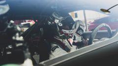 Porsche 911 GT2 RS: il pilota a bordo della sportiva tedesca