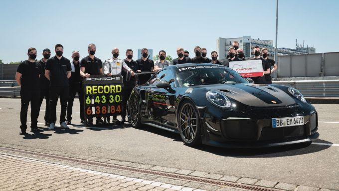 Porsche 911 GT2 RS: il team che ha reso possibile l'impresa