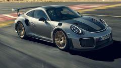 Porsche 911 GT2 RS: la nave affonda e riprende la produzione - Immagine: 2