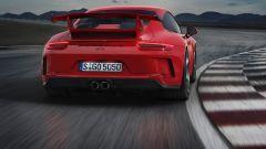Porsche 911 GT3 2017, il retrotreno sterzante migliora la guida al limite
