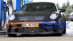 Porsche 911 GT3 2021: anche auto così devono fare il pieno...