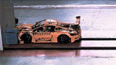 Porsche 911 GT3 di Lego: il video del crash test dell'ADAC - Immagine: 1